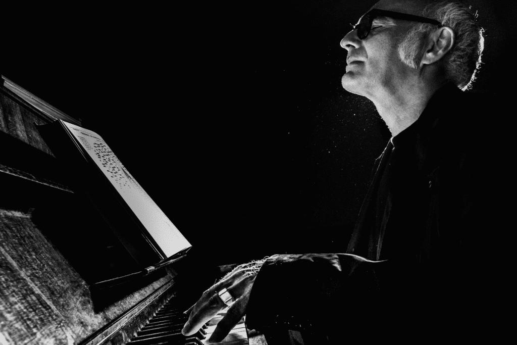 Candlelight : toute la douceur de Ludovico Einaudi dans un concert à l'Eglise Saint-Maurice !