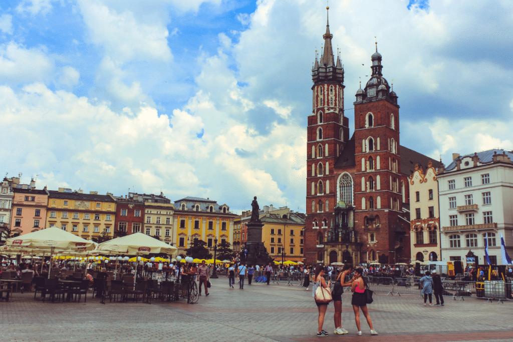 Des l'automne, des vols desserviront la Pologne depuis l'áeroport de Lille !