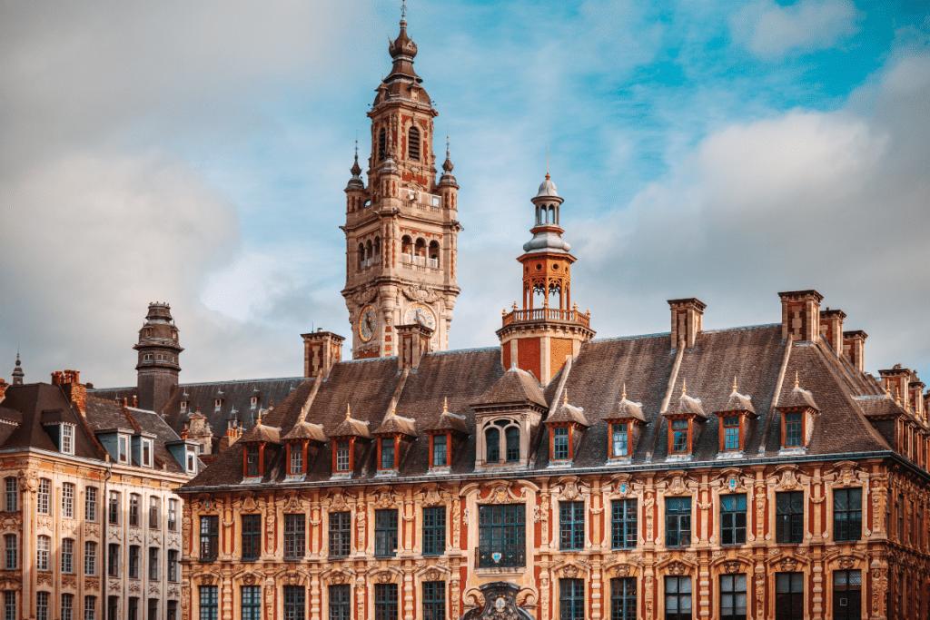 Combien coûte un appartement à votre adresse ? Une carte montre les prix de l'immobilier à Lille !