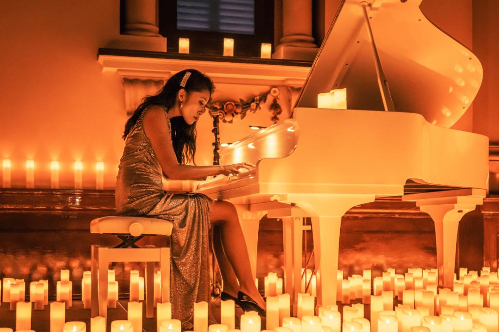 Candlelight illumine les plus beaux morceaux de Yann Tiersen au piano !