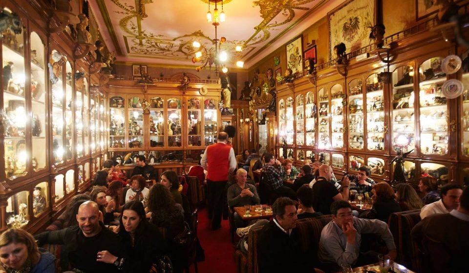 Lojas Históricas de Lisboa: Pavilhão Chinês, um bar incrível e muito peculiar