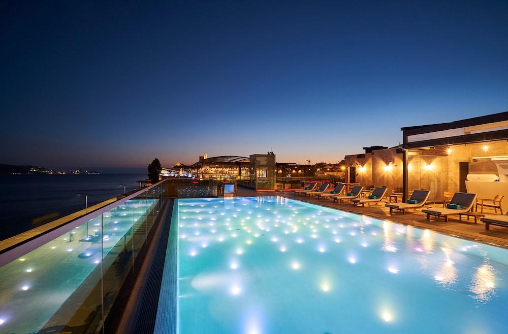 Lisboa tem uma piscina infinita com vista para o Tejo