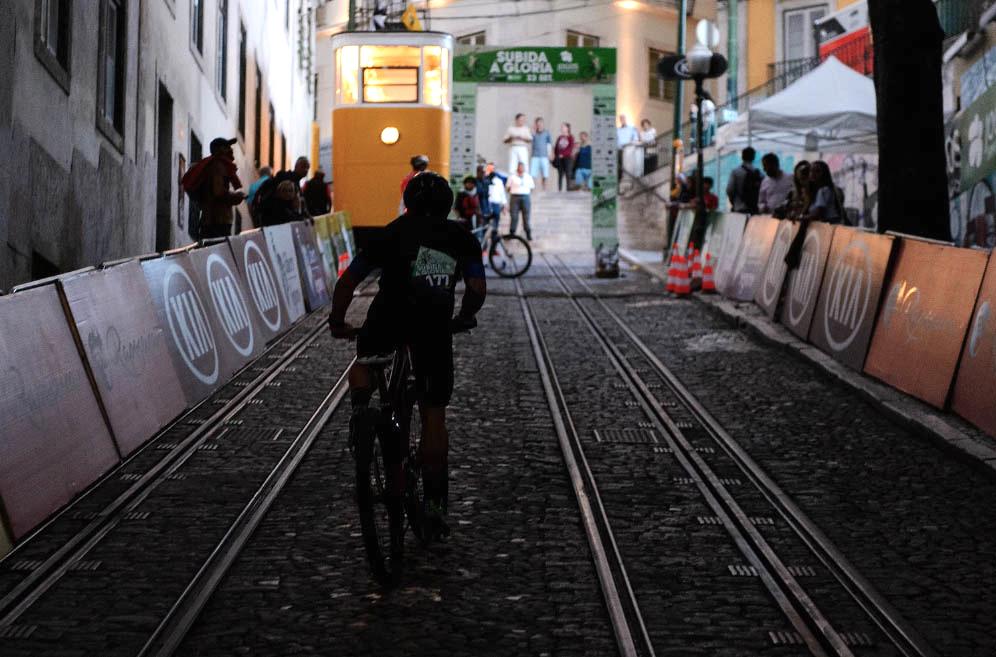 A corrida de bicicleta mais pequena do mundo