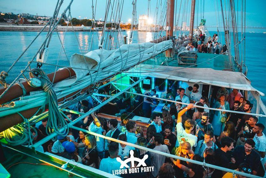 Lisbon Boat Party: a festa que te leva ao sabor da corrente