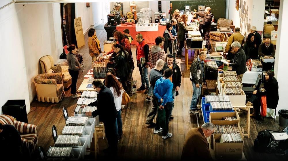 Feira do Vinil: um mercado a 33 e 45 rotações