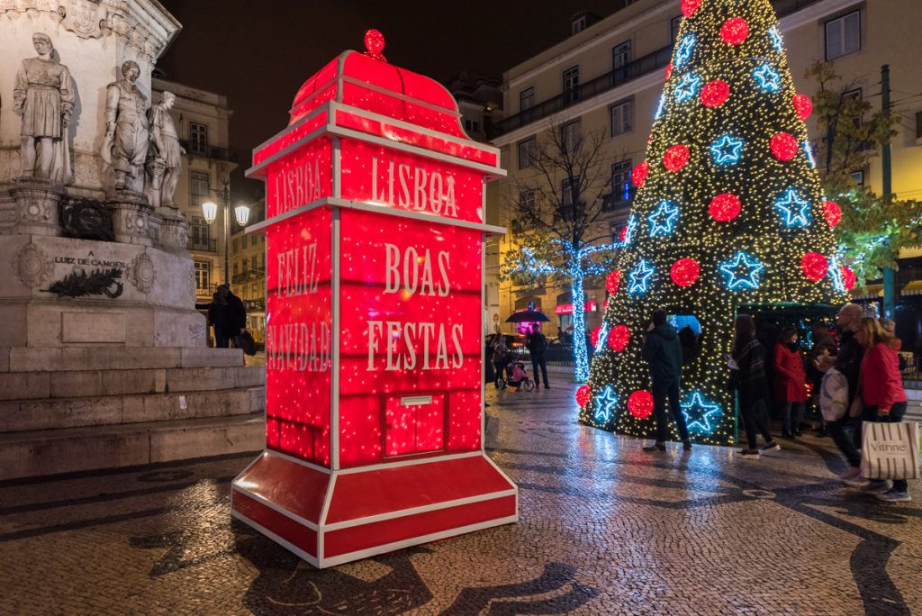 A caminhada que te leva a ver as luzes de Natal em Lisboa