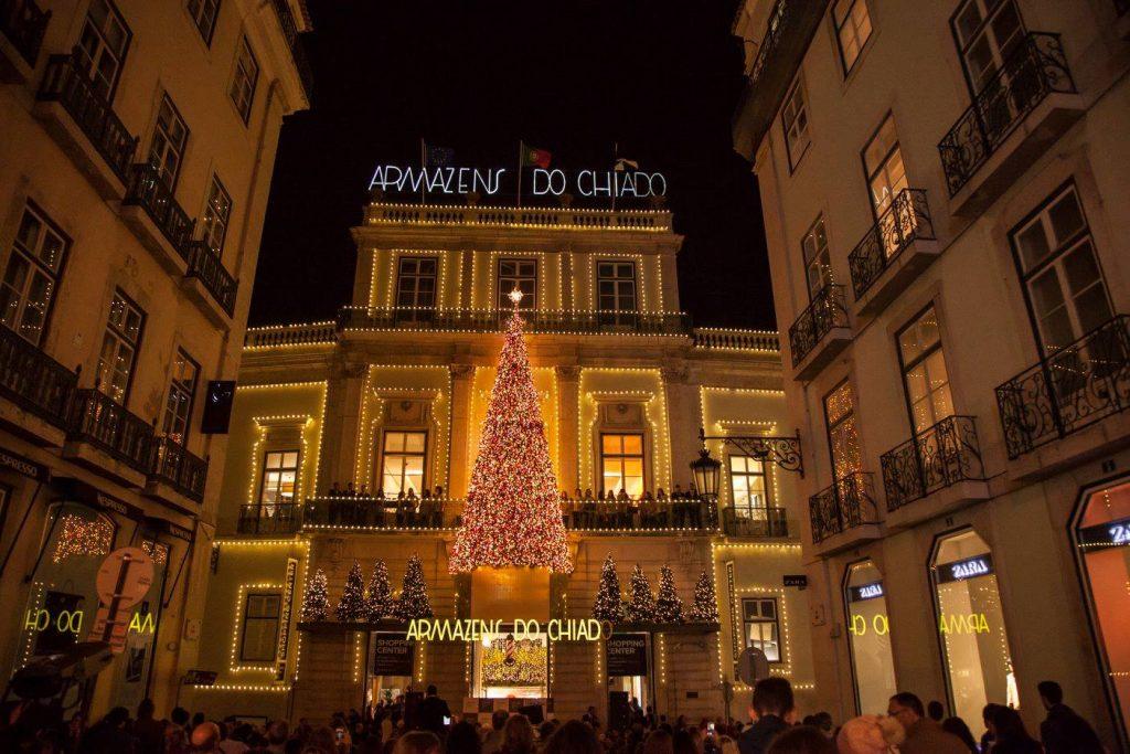 Concerto grátis de Aurea acende luzes de Natal no Chiado