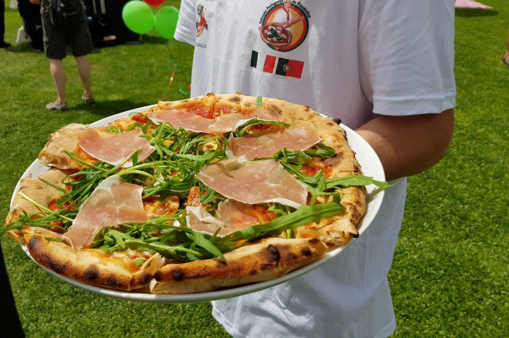 Esta quinta-feira há pizzas à borla em Lisboa