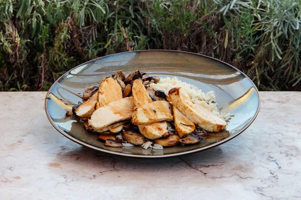 O The Decadente já tem pratos do dia e brunch ao fim de semana