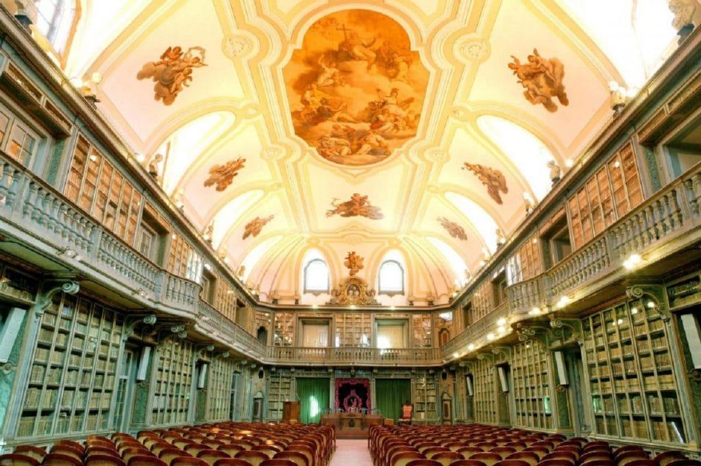 As bibliotecas mais bonitas de Lisboa