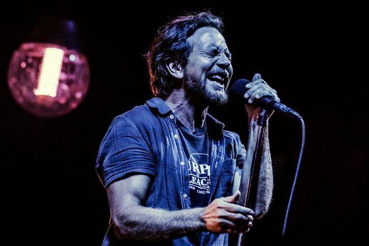 Eddie Vedder regressa a Portugal para concerto em Lisboa