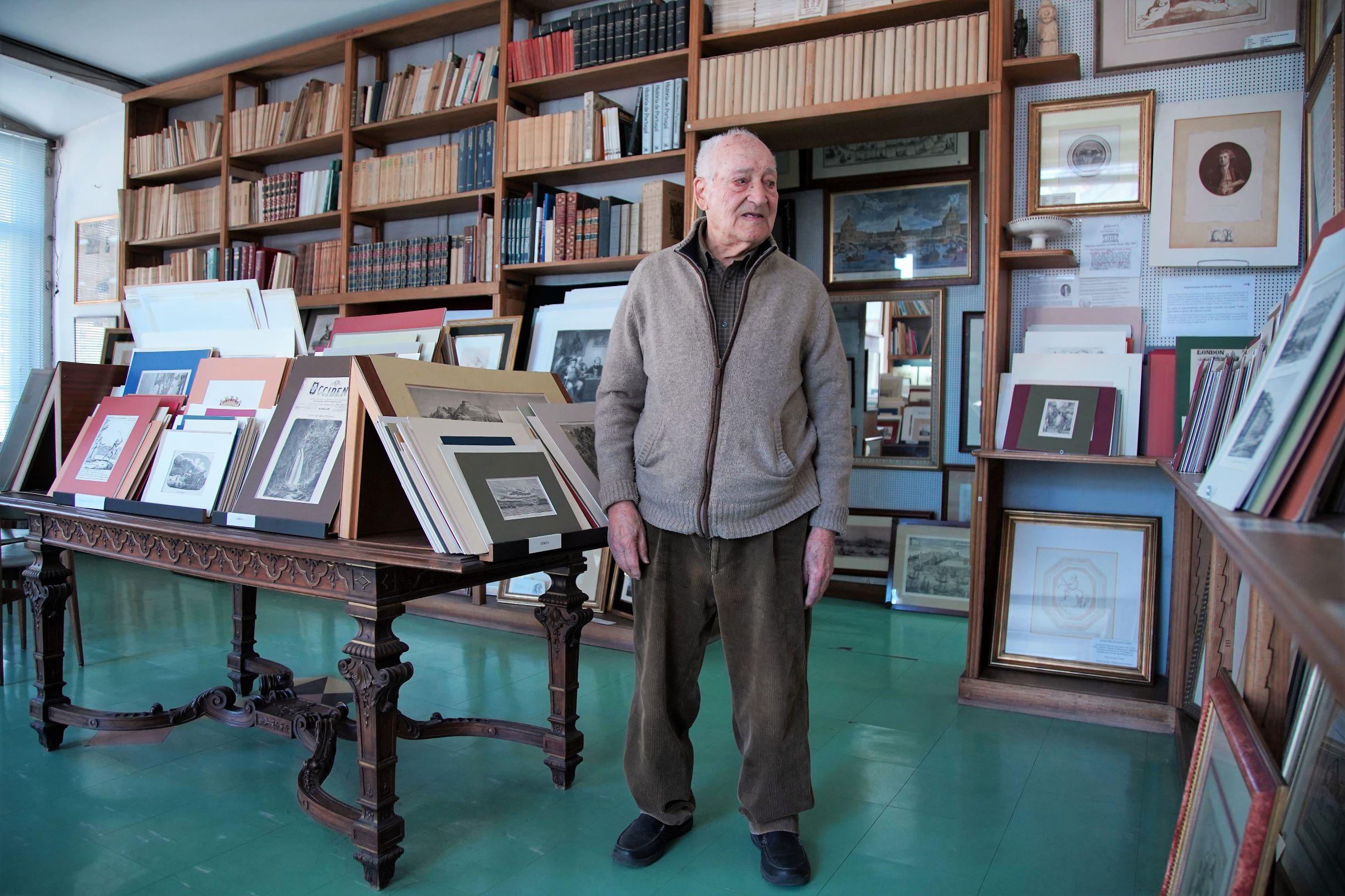 O alfarrabista mais antigo de Lisboa: 100 anos e muitas histórias para contar