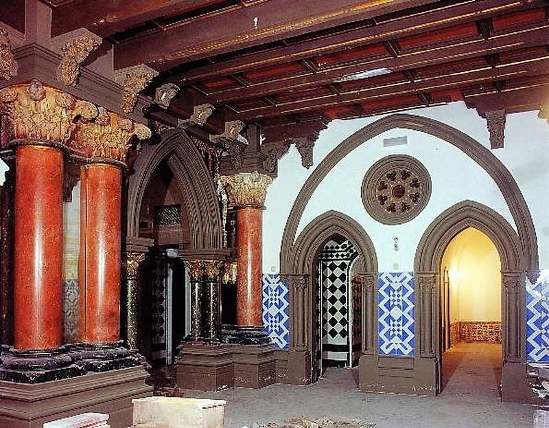 Esta caminhada vai levar-te à misteriosa abadia dos Restauradores