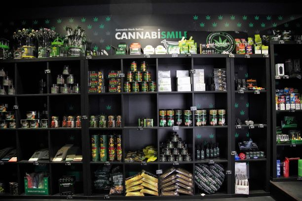 Abriu uma cannabis store em Lisboa. E sim, é tudo legal!