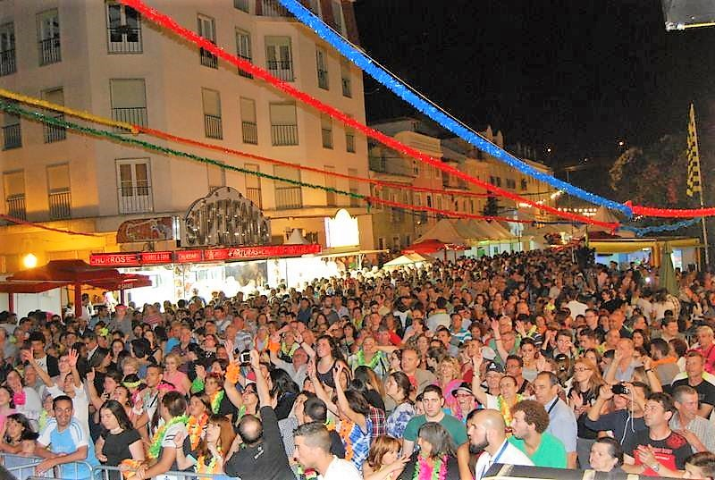 Romaria de Santo Amaro tem concertos, bailaricos e sunsets