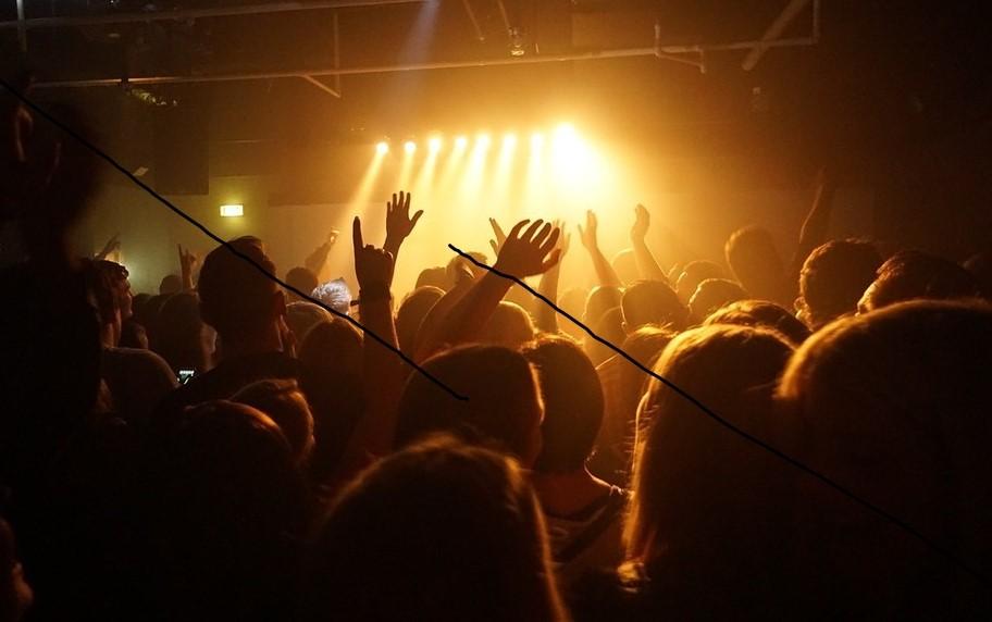 De Lisboa para o teu telemóvel: a melhor música nacional no festival em live stream da Samsung