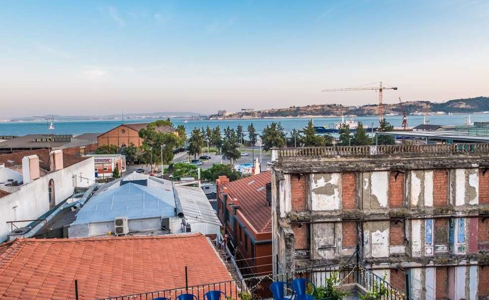 Lisboa vai ter um jantar secreto com cocktails de whisky e vistas para o Tejo