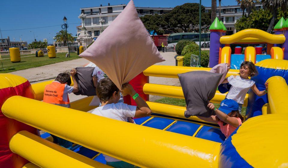 O Mega Festival de Insufláveis vai fazer saltar Loures