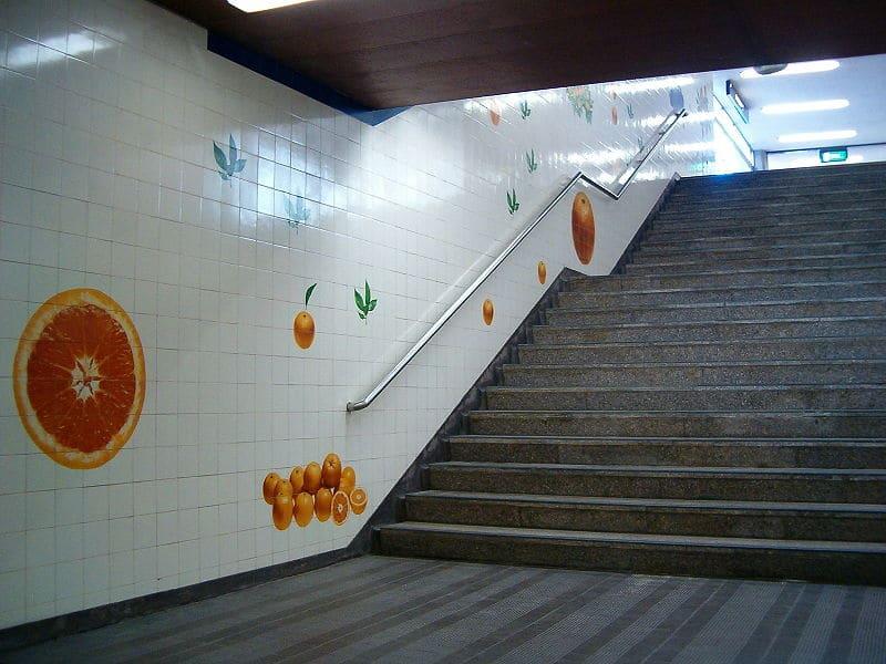 estação de metro de laranjeiras em lisboa