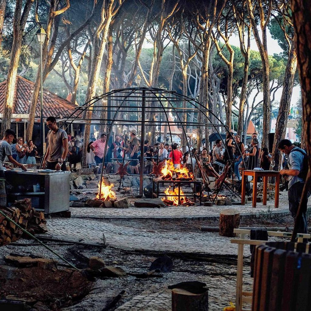 enorme fogareiro no festival chefs on fire
