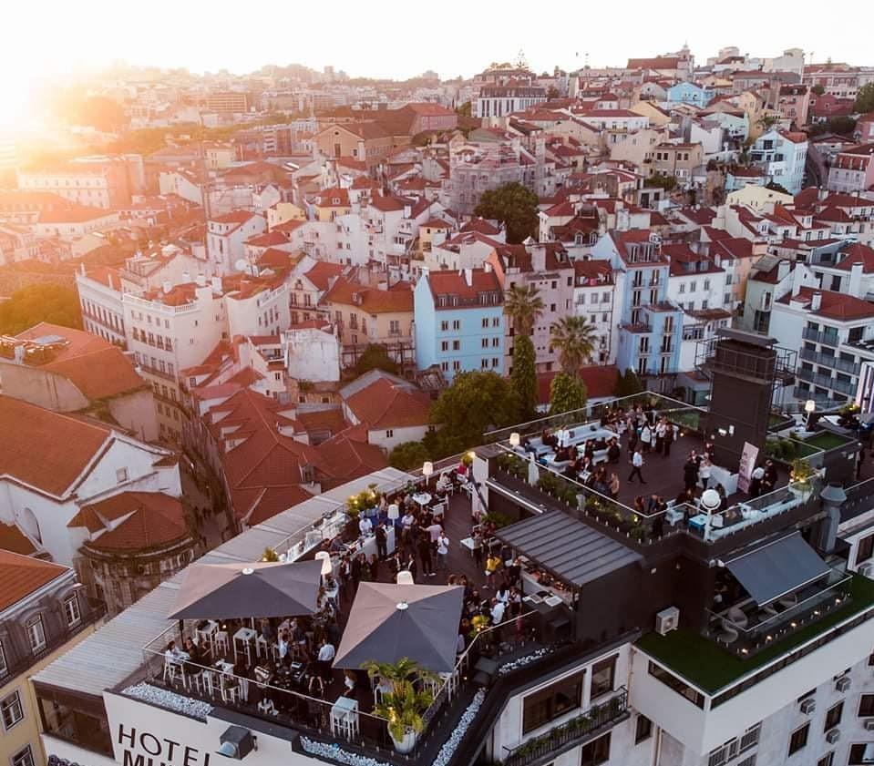 Rooftop Bar assinala rentrée com festa ao pôr do Sol