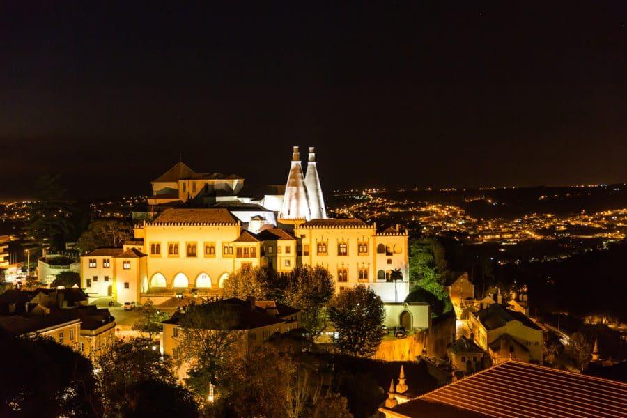 O Palácio Nacional de Sintra vai ter uma visita noturna gratuita