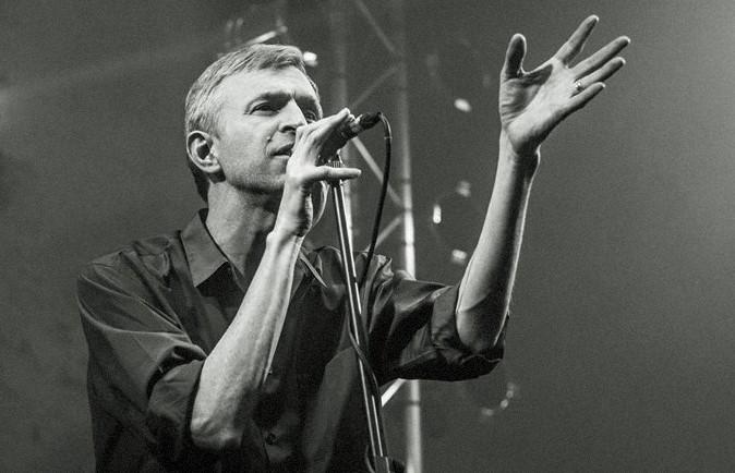 O cantor sueco Jay-Jay Johanson volta a encantar Lisboa