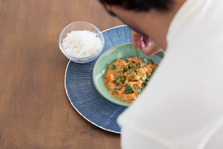 chef EatTasty a fazer um empratamento
