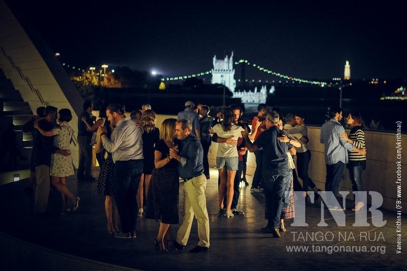 Às quartas-feiras, dança-se o Tango nas ruas de Lisboa