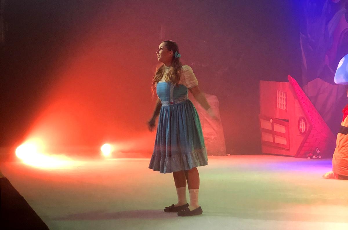 """""""O Feiticeiro de Oz no Gelo"""": a magia da amizade"""