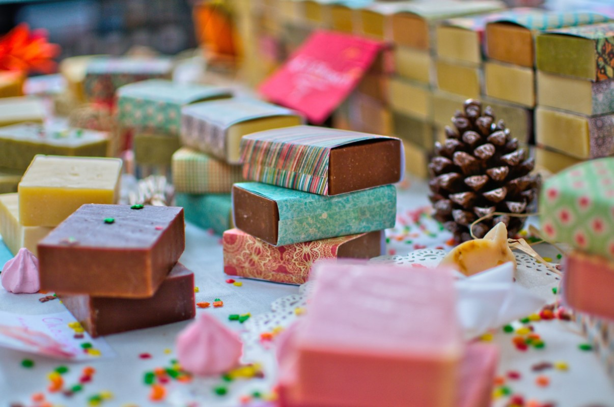 Mercado de doçarias de Natal na Casa da América Latina