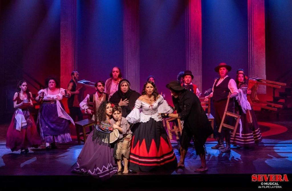 Peças de teatro e musicais para aplaudires na primeira fila da tua sala