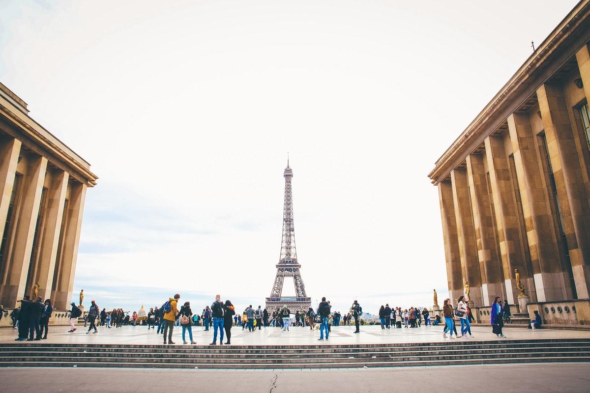 cidade de paris com vista para a torre eiffel