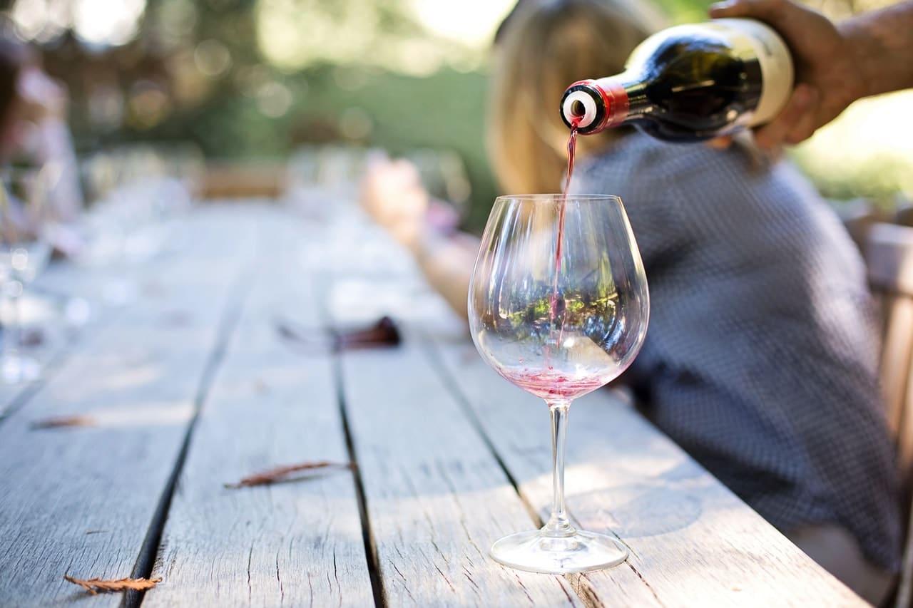 adult-alcohol-blur-celebrate