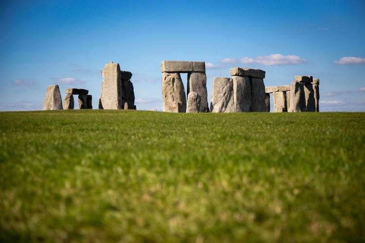 O Solstício de Verão 2020 de Stonehenge vai ser transmitido online