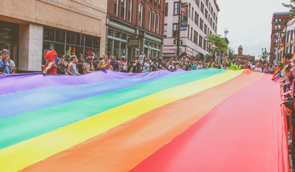 Porque é que junho é o mês do orgulho LGBT?
