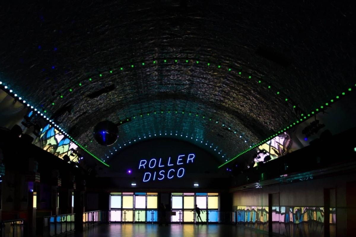 espaço para festa roller disco