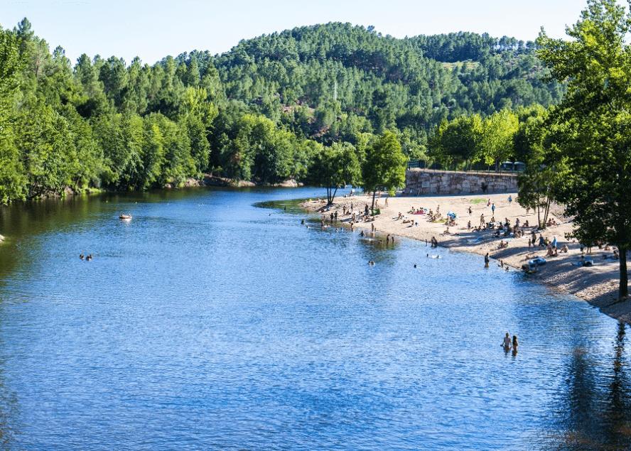 praia fluvial do rabaçal