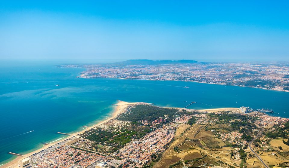 10 praias da Costa da Caparica que tens mesmo de conhecer