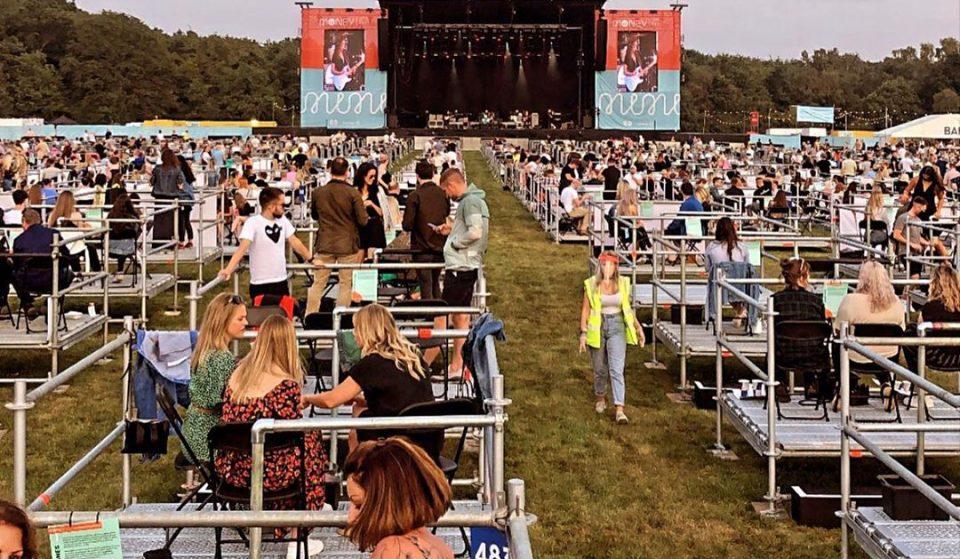 Reino Unido recebeu primeiro concerto com distanciamento social