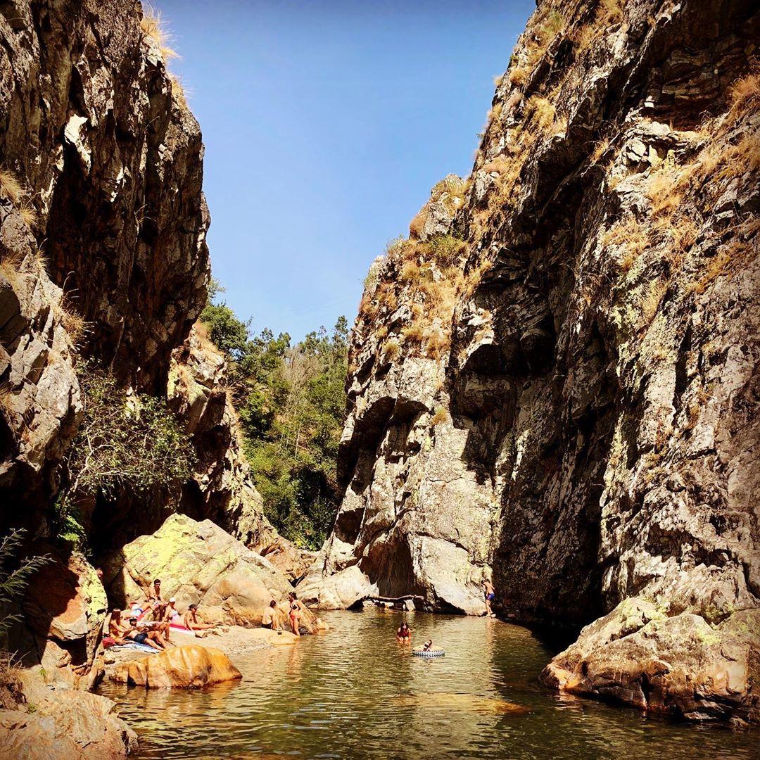 Praia Fluvial das Fragas de São Simão