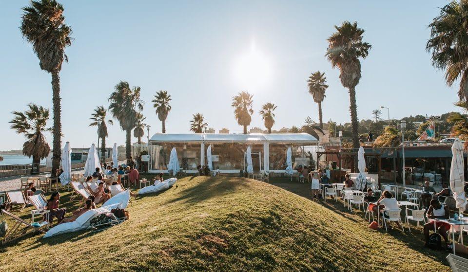 O Bahia Beach Club fica junto à praia, e está mais trendy e divertido do que nunca