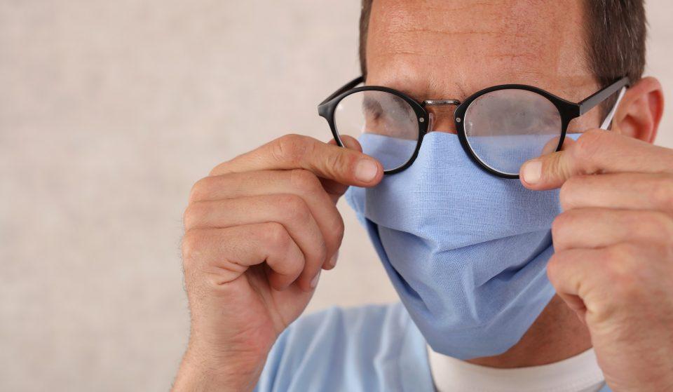 Máscaras de proteção: como evitar que os óculos fiquem embaciados