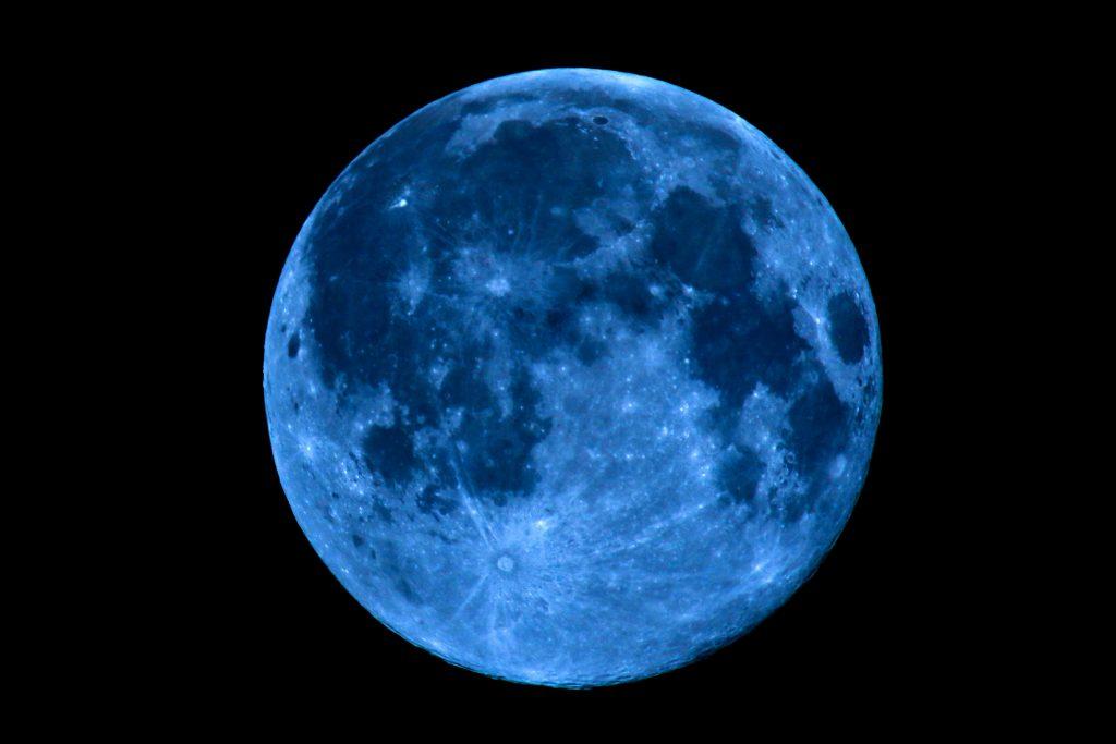 Dia do Halloween vai ter uma Lua Azul
