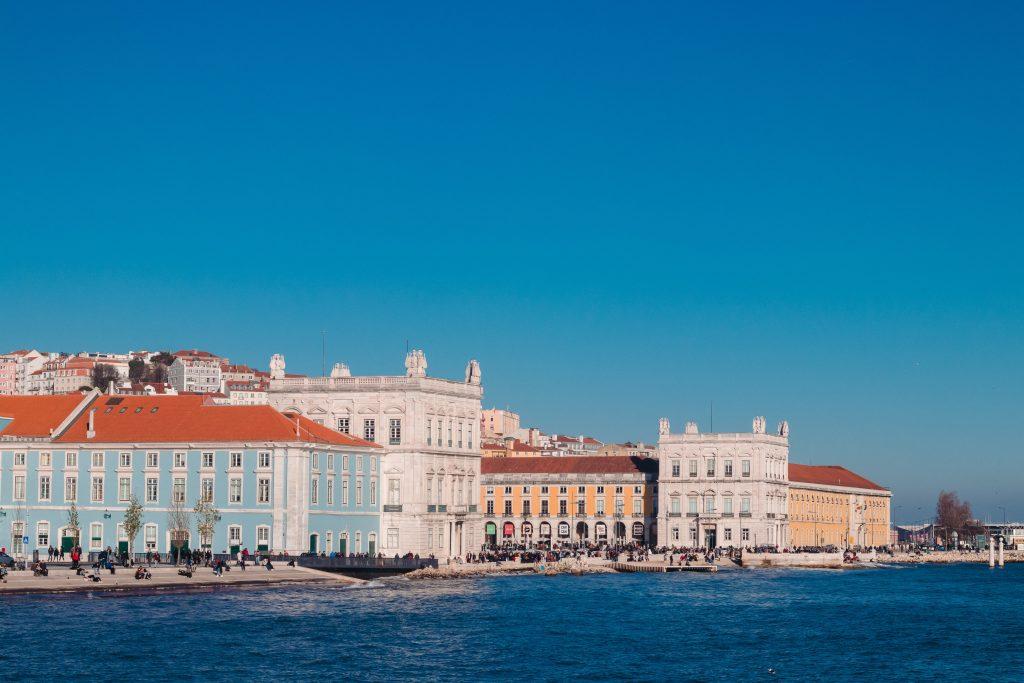Redescobre Lisboa no outono. É tão linda!
