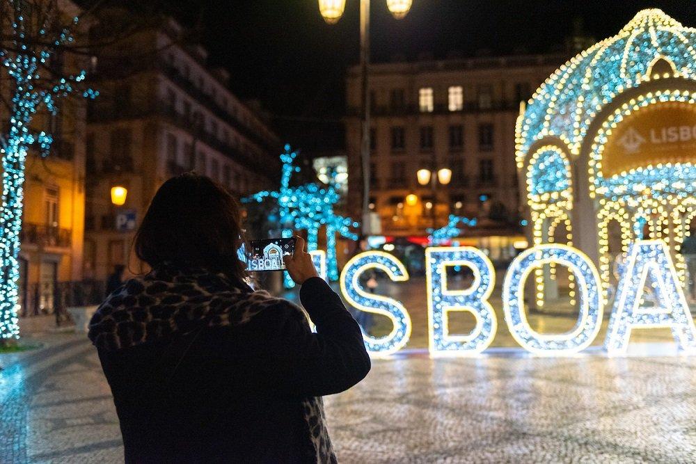 Lisboa já acendeu as luzes de Natal, uma semana mais cedo do habitual