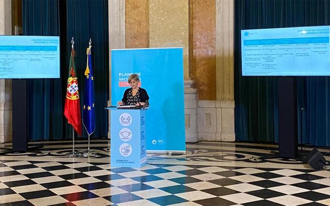 Portugueses serão contactados por SMS para tomar a vacina contra a covid-19