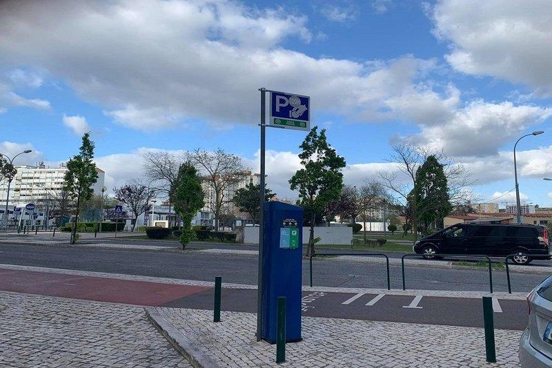 Estão suspensos os pagamentos de parquímetros em Lisboa