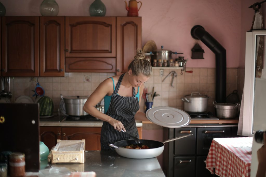 Cozinha com um chef privado através de videochamada
