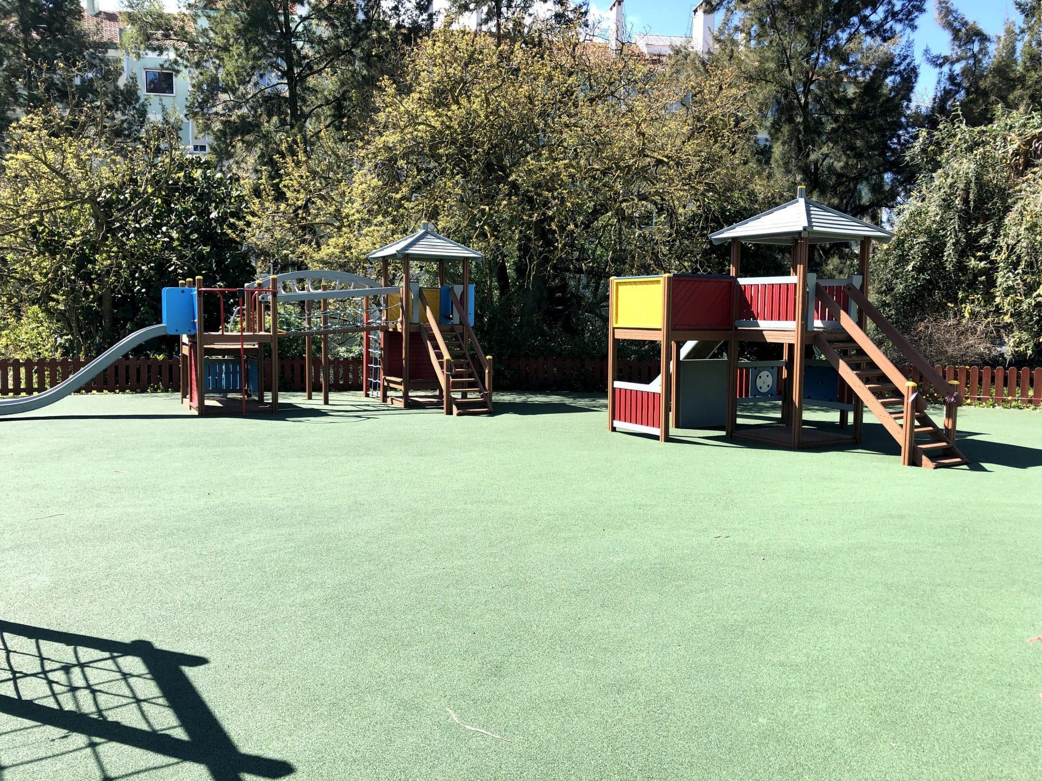 Zona infantil do Parque dos Moinhos
